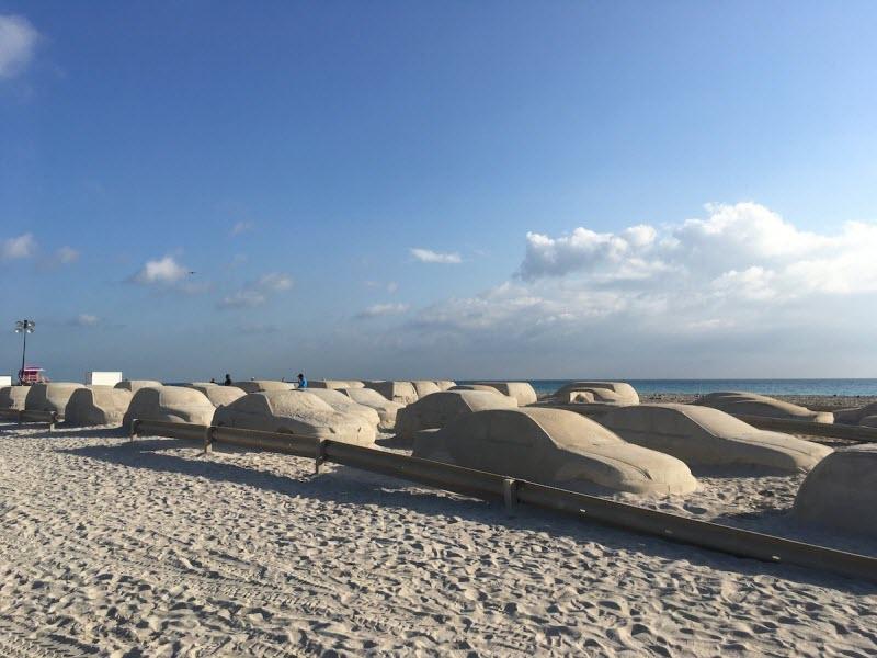 چیدمان هنری ساحلی جالب برای هشدار تغییرات آب و هوا لینک : https://asarart.ir/Atelier/?p=10408 👇 سایت : AsarArt.ir/Atelier اینستاگرام : instagram.com/AsarArtAtelier تلگرام : @AsarArtAtelier 👆